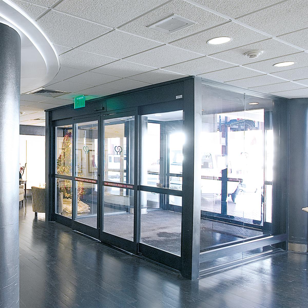 & Glass_door_automation | Zcat :: Technology Management pezcame.com